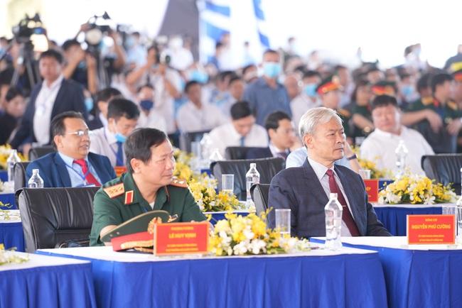 Thủ tướng Nguyễn Xuân Phúc: Sân bay Long Thành - Top 16 sân bay mong chờ nhất thế giới  - Ảnh 4.