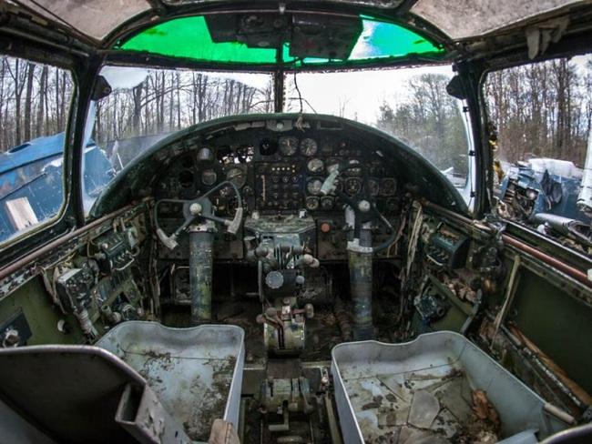 Tận mục nghĩa địa máy bay chiến đấu thời Thế chiến II - Ảnh 5.