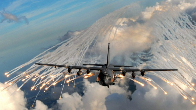 """Ảnh hiếm dàn """"ngựa thồ"""" C-130 chiến lợi của Việt Nam sau đánh Mỹ - Ảnh 10."""