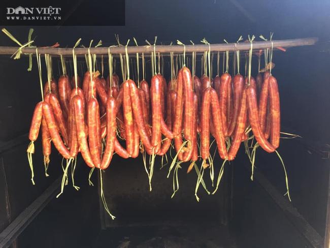 Nhờ bí quyết này nữ giám đốc nông dân đưa đặc sản lạp sườn gác bếp Bắc Kạn đi khắp cả nước - Ảnh 3.