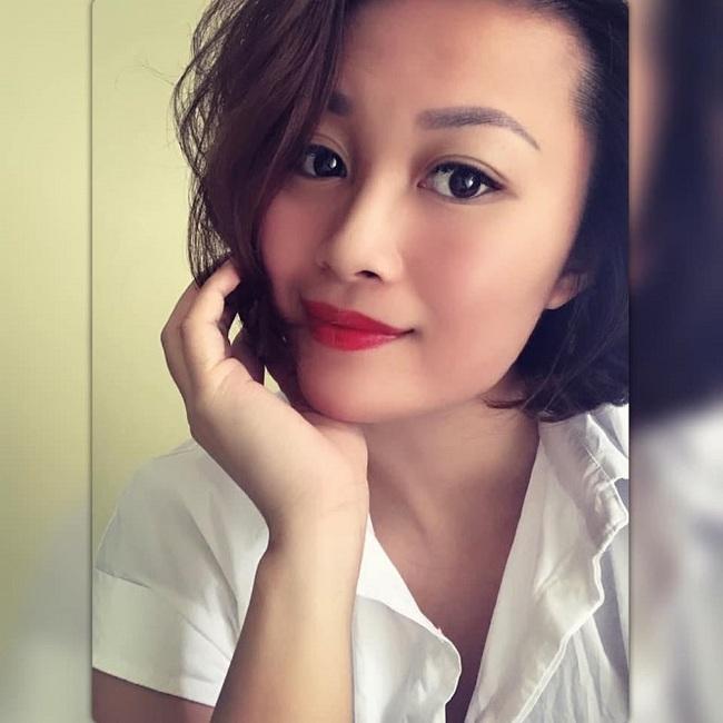 """2 """"hot-girl"""" bóng chuyền Việt Nam liên tiếp lên xe hoa - Ảnh 4."""