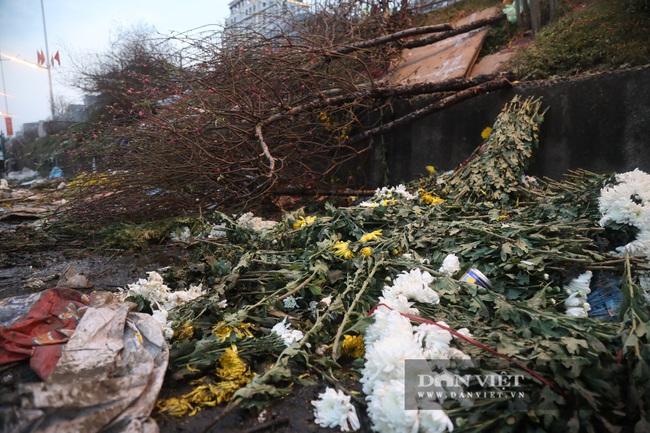 CẬP NHẬT: An ninh thắt chặt tại trận địa pháo hoa duy nhất ở Hà Nội - Ảnh 3.