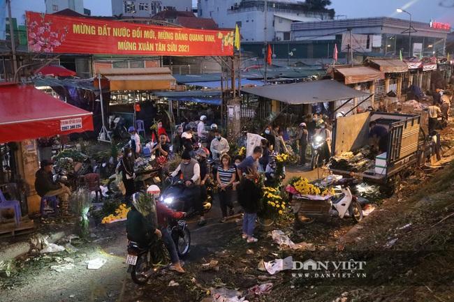 CẬP NHẬT: An ninh thắt chặt tại trận địa pháo hoa duy nhất ở Hà Nội - Ảnh 5.