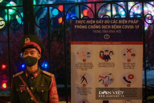 CẬP NHẬT: An ninh thắt chặt xung quanh điểm bắn pháo hoa duy nhất tại Hà Nội - Ảnh 1.