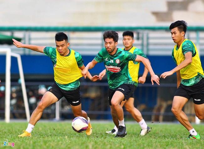 Tin sáng (13/2): Mâu thuẫn với Kiatisak là khó khăn lớn nhất trong sự nghiệp Lee Nguyễn? - Ảnh 1.