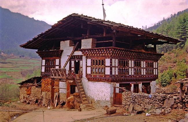 """Tới Bhutan tìm gặp những """"thợ săn đêm"""" lãng mạn nức tiếng một thời - Ảnh 3."""