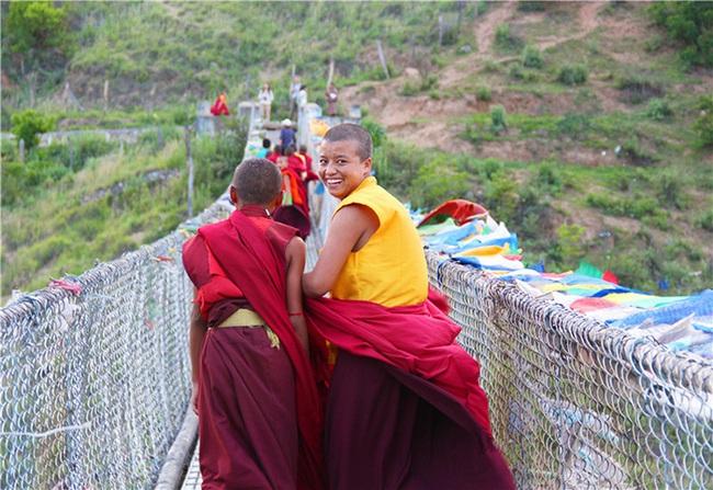 """Tới Bhutan tìm gặp những """"thợ săn đêm"""" lãng mạn nức tiếng một thời - Ảnh 6."""