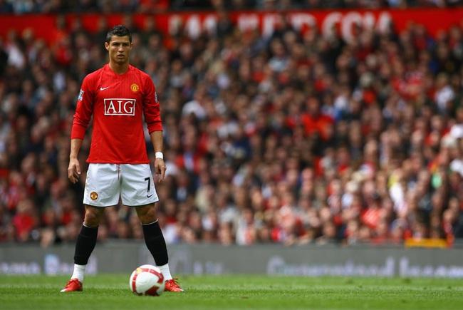 5 số 7 vĩ đại nhất lịch sử M.U: Có Cantona, Beckham, Ronaldo - Ảnh 5.