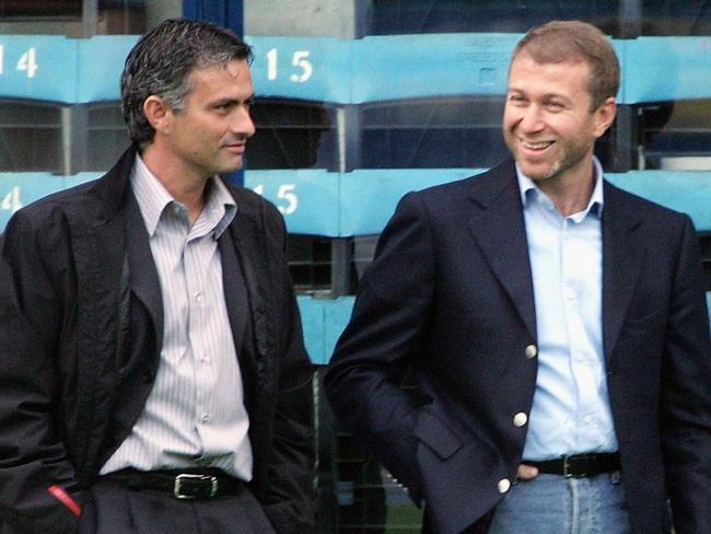 Mourinho là HLV thành công tại Chelsea ở cả 2 nhiệm kỳ.
