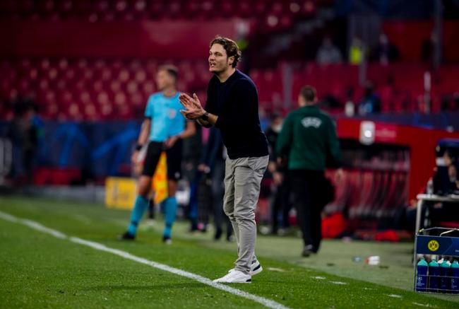 HLV Edin Terzic ấn tượng với màn lội ngược dòng của Dortmund.