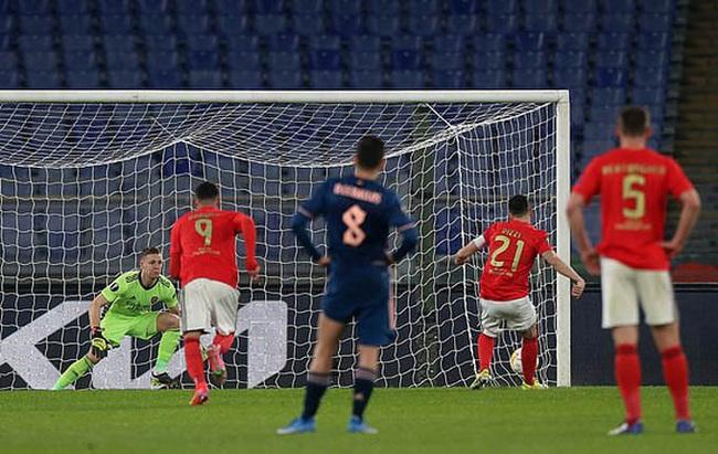 Arsenal hòa Benfica trên sân khách, vì sao HLV Arteta vẫn tiếc hùi hụi? - Ảnh 1.