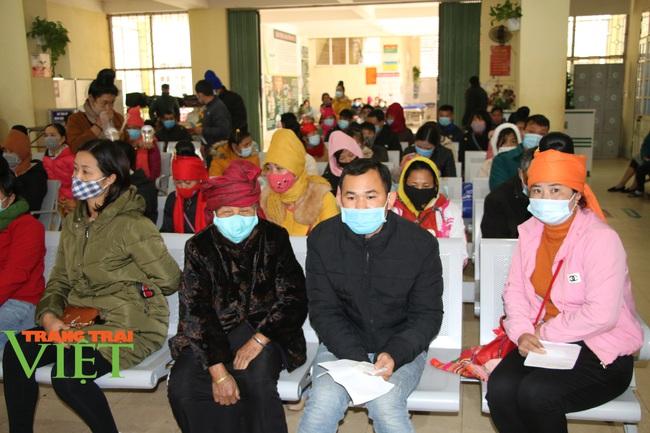 Bệnh viện Đa khoa tỉnh Sơn La: Chủ động phòng chống dịch Covid-19 - Ảnh 3.