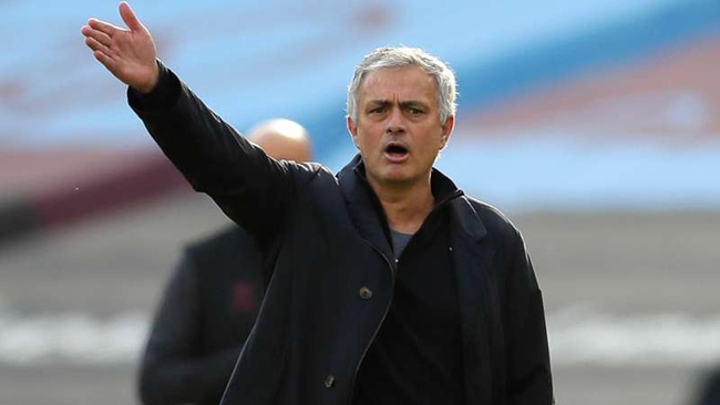 Mourinho không phục về trận thua này.