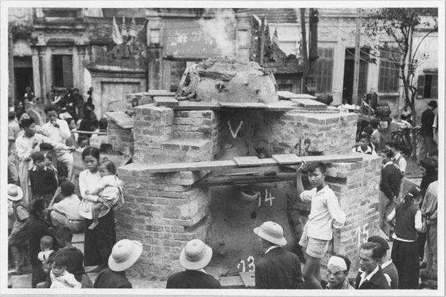 Cảnh đúc tượng Phật khổng lồ ở Hà Nội 70 năm trước - Ảnh 8.