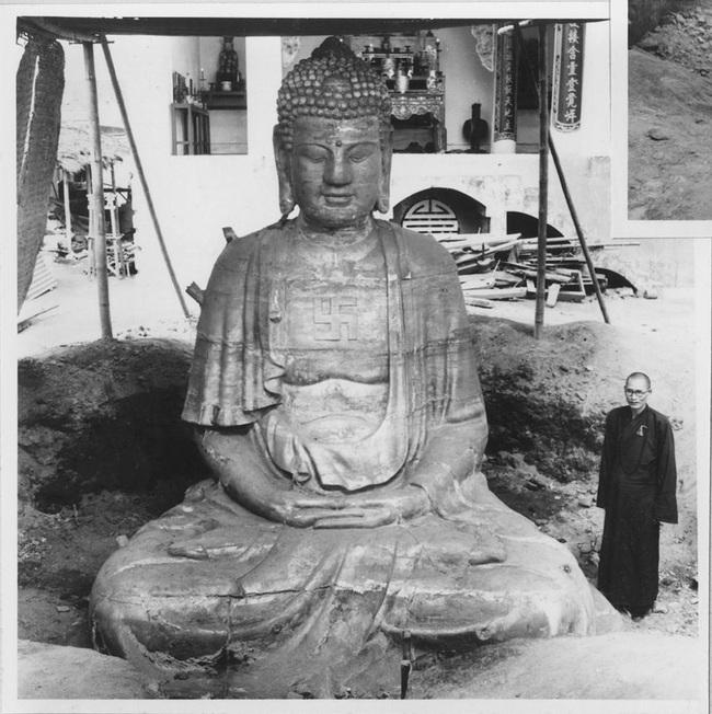 Cảnh đúc tượng Phật khổng lồ ở Hà Nội 70 năm trước - Ảnh 12.