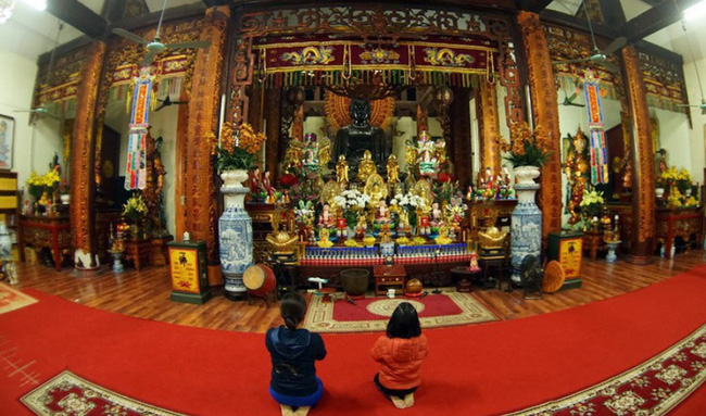 Cảnh đúc tượng Phật khổng lồ ở Hà Nội 70 năm trước - Ảnh 15.