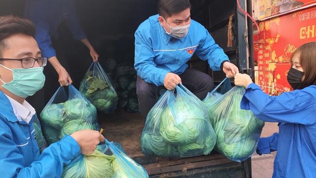"""Lan tỏa phong trào """"giải cứu"""" nông sản cho nông dân nhiều huyện tại Hải Phòng - Ảnh 2."""