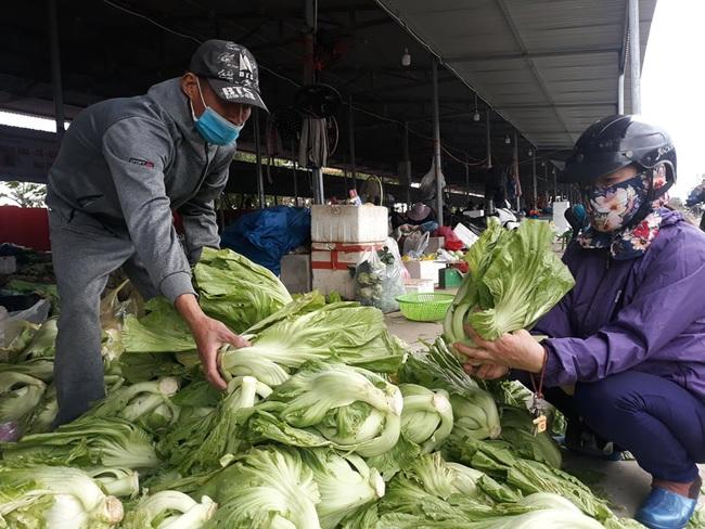 """Lan tỏa phong trào """"giải cứu"""" nông sản cho nông dân nhiều huyện tại Hải Phòng - Ảnh 3."""