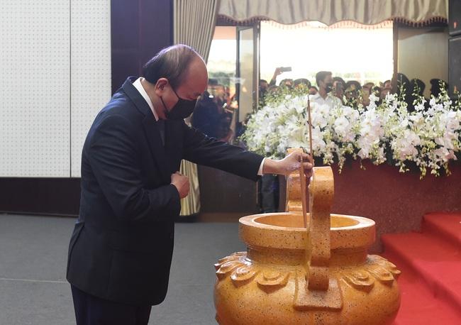 Lễ viếng nguyên Phó thủ tướng Chính phủ Trương Vĩnh Trọng tại Bến Tre - Ảnh 2.