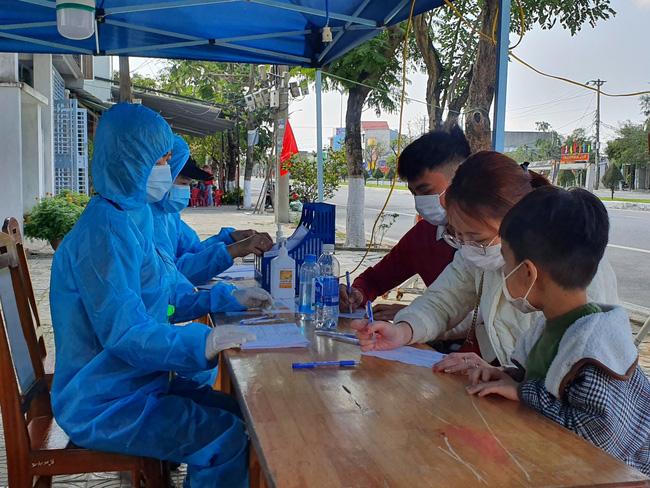 Đà Nẵng: Nam công nhân về từ Hải Dương tự ý rời bệnh viện, không lấy mẫu xét nghiệm Covid-19 - Ảnh 1.