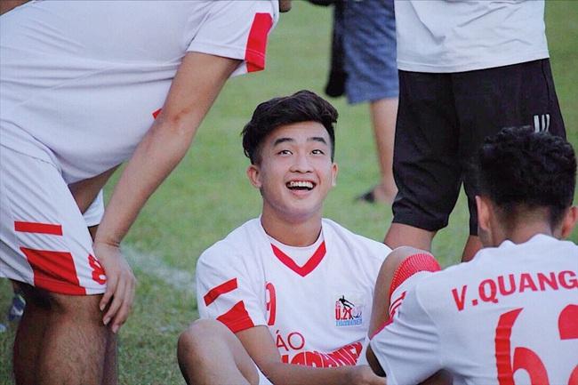 Lộ diện 2 tuyển thủ Việt Nam theo chân Đặng Văn Lâm sang Nhật Bản thi đấu - Ảnh 2.