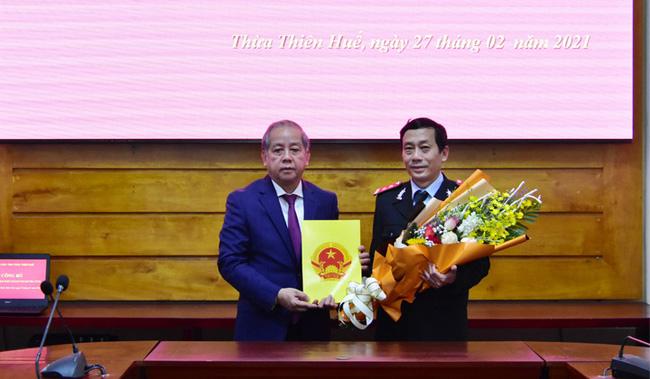 TT-Huế: Công bố quyết định bổ nhiệm 2 tân Phó Chánh Thanh tra tỉnh  - Ảnh 2.