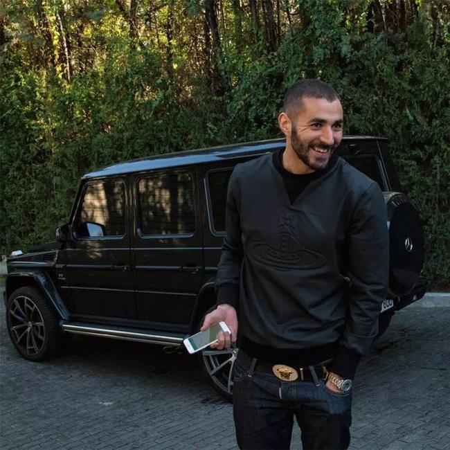 """Tay chơi siêu xe Karim Benzema: """"Đốt tiền"""" không kém Messi, Ronaldo - Ảnh 4."""