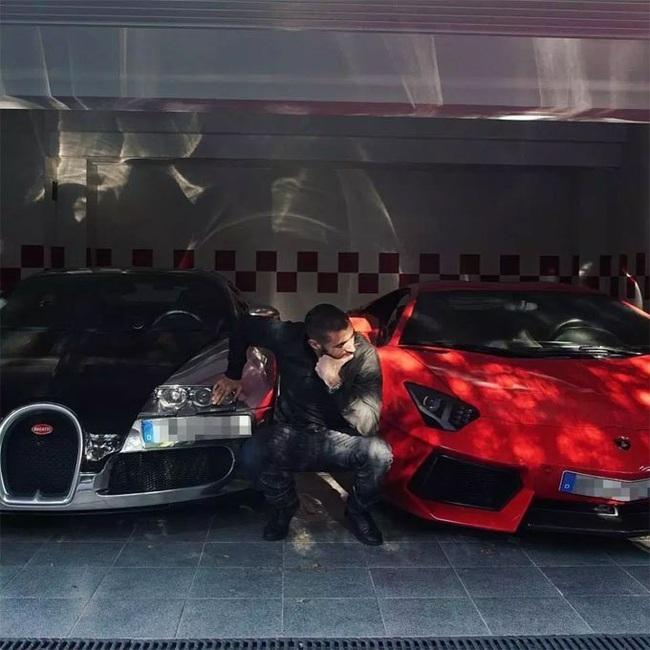 """Tay chơi siêu xe Karim Benzema: """"Đốt tiền"""" không kém Messi, Ronaldo - Ảnh 10."""