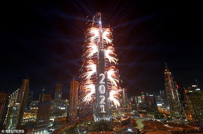 """""""Thiên đường tiệc tùng"""" Dubai trả giá đắt sau khi tràn ngập du khách """"trốn"""" mùa Đông - Ảnh 1."""
