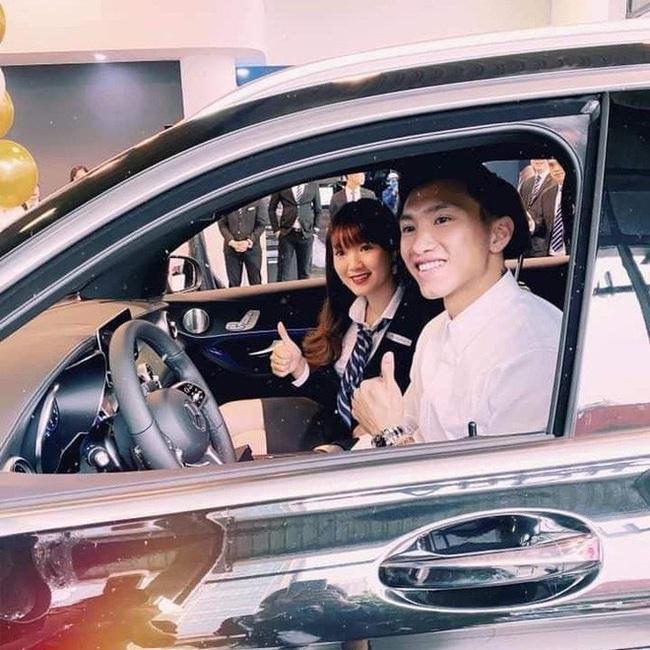 Cầu thủ Việt Nam mua siêu xe: 4 người cộng lại mới bằng Bùi Tiến Dũng - Ảnh 3.