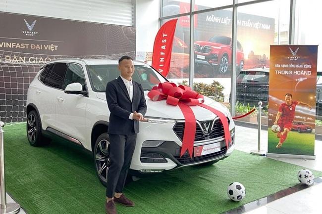 Cầu thủ Việt Nam mua siêu xe: 4 người cộng lại mới bằng Bùi Tiến Dũng - Ảnh 4.