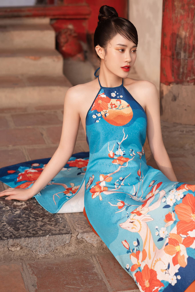 MC VTV Ngô Mai Phương tung bộ ảnh diện áo yếm gợi cảm đón Tết 2021 - Ảnh 4.