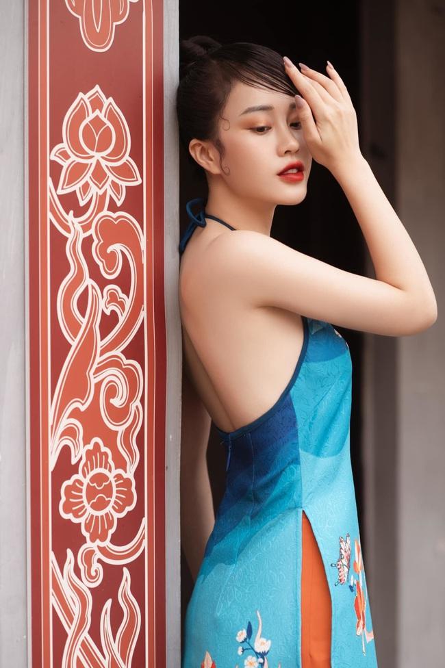 MC VTV Ngô Mai Phương tung bộ ảnh diện áo yếm gợi cảm đón Tết 2021 - Ảnh 8.