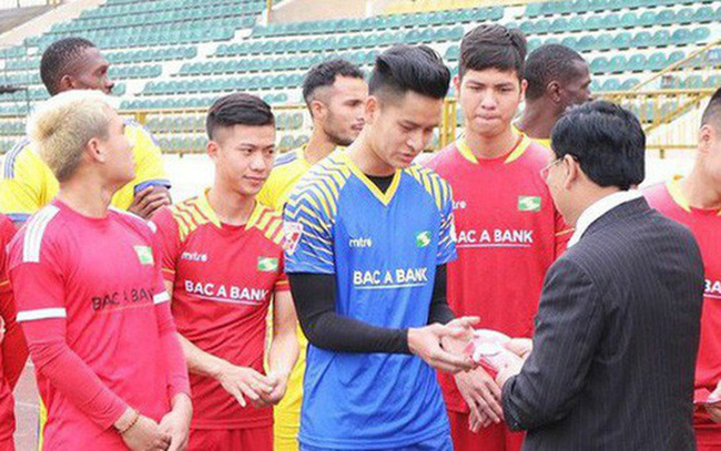Các CLB V.League 2021 thưởng Tết và nghỉ Tết: Dở khóc, dở cười - Ảnh 1.