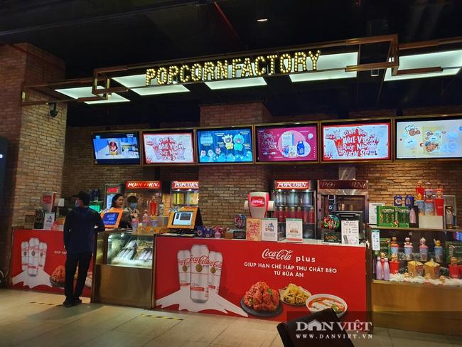 TP.HCM: Rạp chiếu phim, khu vui chơi giải trí mở cửa lại nhưng không một bóng khách - Ảnh 5.