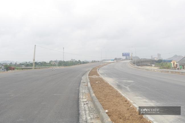Những hình ảnh đầu tiên về cao tốc Cao Bồ-Mai Sơn 1.600 tỉ đồng sắp thông xe - Ảnh 3.