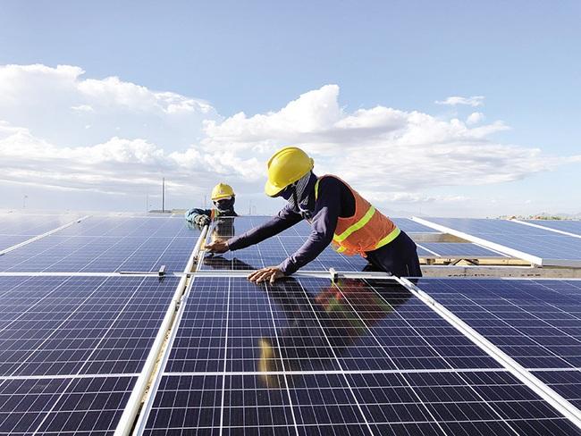 """Cẩn trọng """"vỡ trận"""" với đầu tư điện mặt trời - Ảnh 1."""