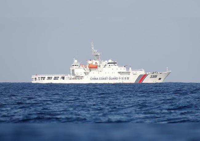 Trung Quốc tăng cường điều tàu quấy nhiễu vùng biển Nhật Bản - Ảnh 1.