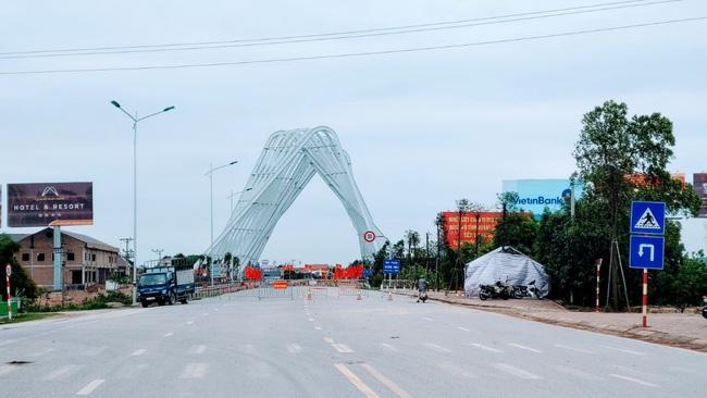 Hải Dương: Đề nghị 7 tỉnh và thành phố tạo điều kiện cho phương tiện vận tải khi lưu thông trên các tuyến quốc lộ - Ảnh 1.