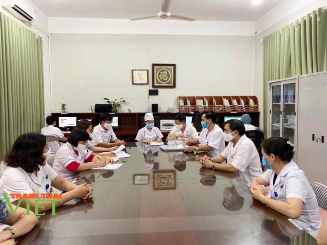 Bệnh viện Y Dược cổ truyền tỉnh Sơn La: Nâng cao kỹ thuật điều trị, chăm sóc người bệnh - Ảnh 8.