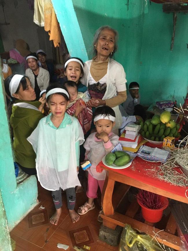 Tai nạn thảm khốc:  Nam thanh niên bỏ lại 4 con thơ, vợ trẻ và mẹ già  - Ảnh 1.