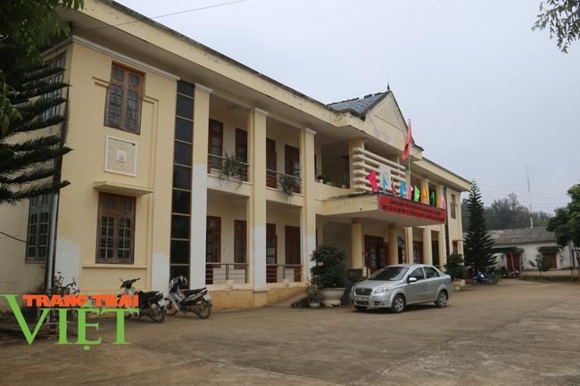 Người dân Nà Bó chung tay cùng chính quyền gìn giữ các tiêu chí nông thôn mới - Ảnh 1.