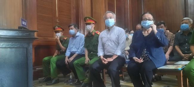 Xét xử ông Nguyễn Thành Tài: Viện Kiểm sát giữ nguyên quan điểm truy tố với bà Dương Thị Bạch Diệp và các bị cáo - Ảnh 1.