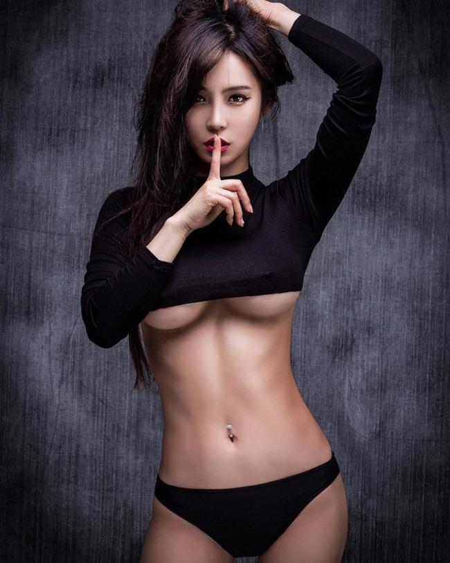 Lee Jina: Ring girl Hàn Quốc xinh đẹp, đa tài và nổi tiếng châu Á - Ảnh 4.