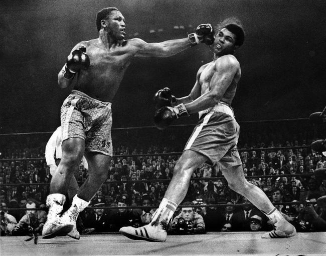 50 năm trận so găng thế kỷ Muhammad Ali - Joe Frazier - Ảnh 1.