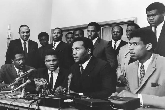 50 năm trận so găng thế kỷ Muhammad Ali - Joe Frazier - Ảnh 2.