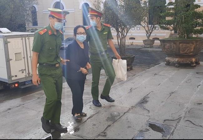 Bà Dương Thị Bạch Diệp thừa nhận với Ban Nội chính Trung ương tài sản 57 Cao Thắng đang thế chấp tại Ngân hàng - Ảnh 1.