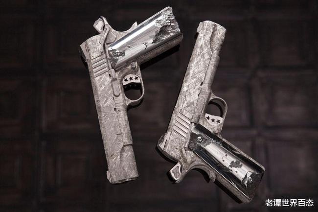 """4 khẩu súng đắt nhất thế giới, AK-47 vàng chỉ là hàng """"tép riu"""", vị trí """"trùm sò"""" mới thực sự bất ngờ - Ảnh 3."""