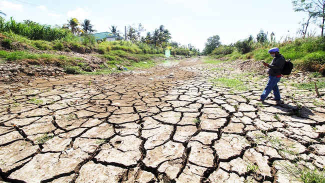 Công điện của Thủ tướng Nguyễn Xuân Phúc chỉ đạo ứng phó xâm nhập mặn, thiếu nước sinh hoạt vùng Đồng bằng sông Cửu Long - Ảnh 1.