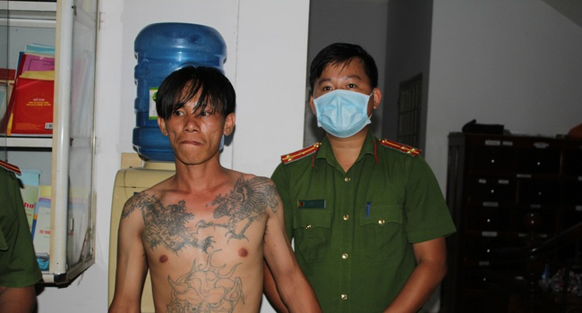 Cần Thơ: 2 nhóm thanh niên xô xát, Công an bắt 14 đối tượng, thu giữ 1 khẩu súng - Ảnh 2.